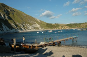 A_day_at_the_seaside_-_Lulworth_Cove_-_geograph.org.uk_-_725034